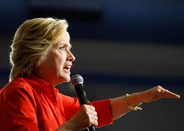 Clinton alerta de la posible interferencia rusa en favor de Trump