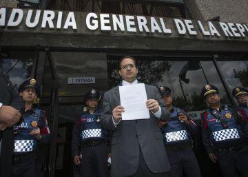 Las acusaciones de corrupción empañan el cambio de Gobierno en Veracruz