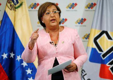 La autoridad electoral de Venezuela atornilla a Maduro en el poder