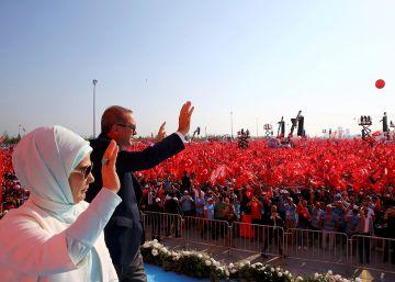 Europa teme una oleada migratoria ante la fragilidad del acuerdo con Turquía