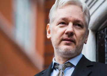 Ecuador permitirá que Assange sea interrogado en su embajada de Londres