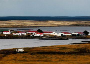 May propone un acercamiento político al Gobierno argentino por las Malvinas