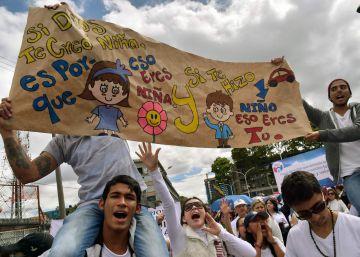 """""""La educación sexual en Colombia se convirtió en un tema político"""""""