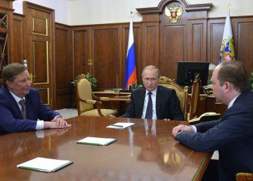 Putin destituye a su jefe de Gabinete, Sergei Ivanov