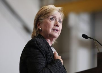 Clinton hace públicos sus ingresos y aumenta la presión sobre el magnate