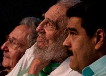 Fidel Castro reaparece en su 90 cumpleaños