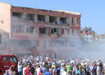 El PKK kurdo causa al menos 12 muertos y más de 200 heridos en cuatro ataques