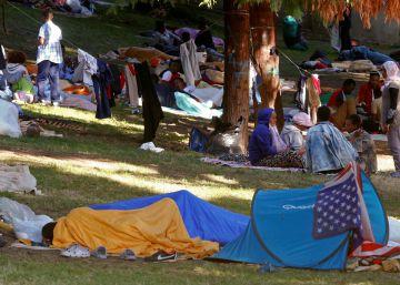 Italia anuncia que creará un centro de acogida exprés en la frontera con Suiza