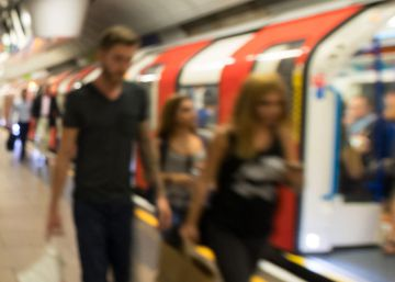 Londres estrena el servicio de metro nocturno en fines de semana