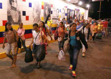 El 80% de los venezolanos que entra a Colombia lo hace para comprar productos básicos