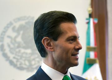 Mexican president accused of plagiarizing law thesis