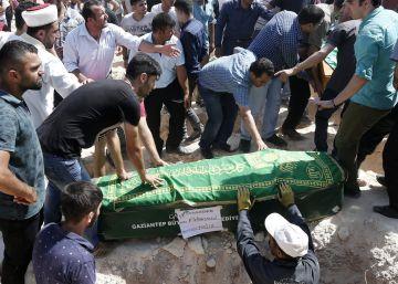 La mayoría de los 54 muertos en el atentado contra la boda turca son niños