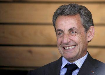El conservador Sarkozy anuncia su candidatura a las presidenciales de 2017