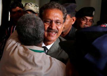 El alcalde electo de Karachi aspira a dirigir la ciudad desde la cárcel