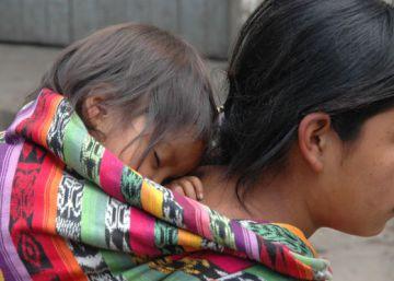 Al menos 67.000 niñas y adolescentes guatemaltecas serán madres al finalizar 2016