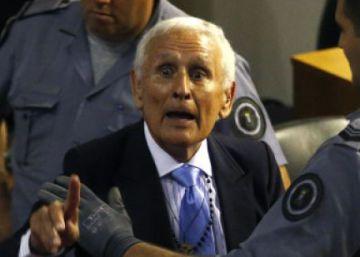 Macri recurrirá la prisión domiciliaria de un represor ante la presión social