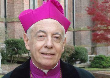 """Un arzobispo argentino clama contra la """"cultura fornicaria y el petting"""""""
