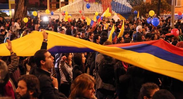 Partidarios de las negociaciones de paz, en Bogotá.