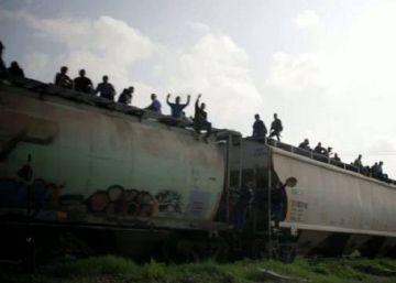 México retira la concesión a una de las empresas que opera el tren 'La Bestia'