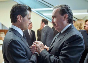 Enrique Peña Niet y el senador Emilio Gamboa.