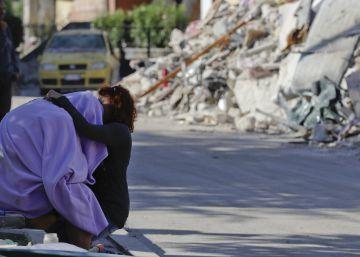 El dolor de los supervivientes del terremoto se convierte en rabia