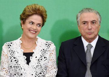 Dilma Roussef y Michel Temer en una ceremonia en Brasilia, en octubre de 2015.