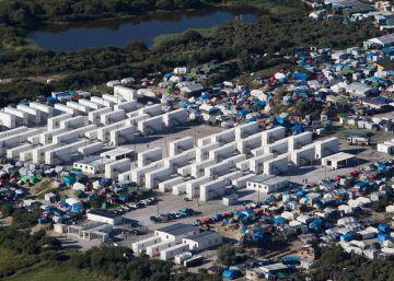 Los migrantes de la 'jungla' de Calais se duplican hasta los 10.000 desde junio