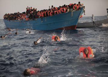 Unos 6.500 migrantes rescatados en el Mediterráneo frente a la costa libia