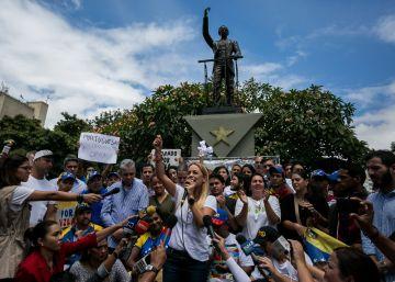 La oposición de Venezuela exhibe su fuerza en las calles