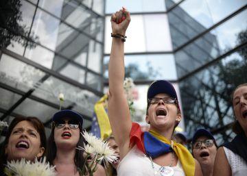 La oposición a Maduro seguirá en las calles hasta forzar el revocatorio