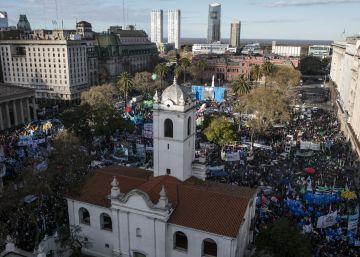 Los sindicatos aumentan la presión sobre Macri con una marcha por todo el país