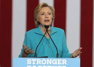 La investigación del FBI a Clinton: olvidos y un teléfono roto con martillo