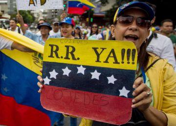 La oposición venezolana extiende las protestas callejeras a las provincias