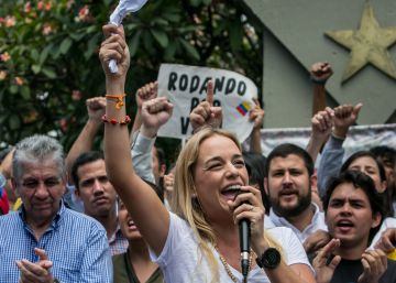 Lilian Tintori denuncia a Maduro ante la Corte Penal Internacional