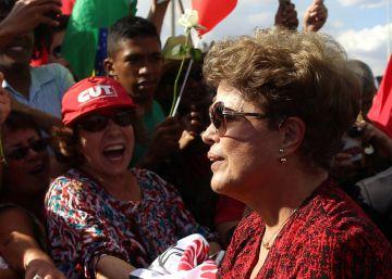 La seguridad no logra aislar a Temer de abucheos ni a Rousseff de rosas