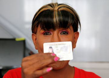 Los bolivianos transgénero ya tienen identidad
