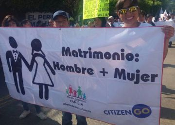 El 'lobby gay' y otras teorías del Frente Nacional por la Familia