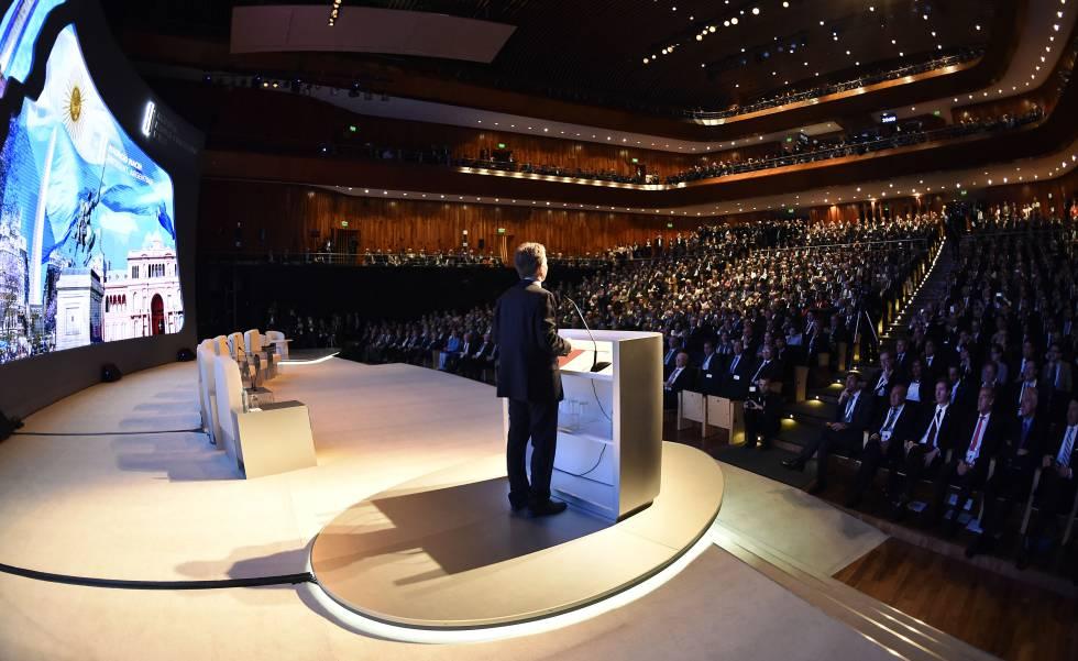 Mauricio Macri abre el Foro de Inversion y Negocios de Argentina.