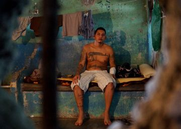 Costa Rica ordena cerrar sus peores calabozos