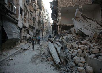 Un bombardeo contra un convoy de ayuda humanitaria mata a 12 personas en Alepo