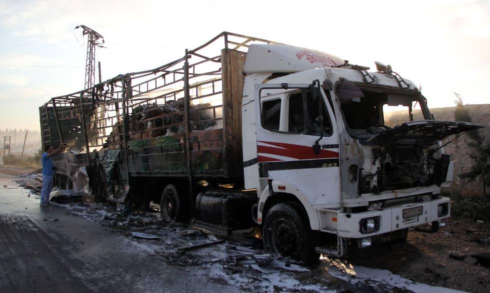 El convoy de ayuda humanitaria destruido el lunes en Aleppo.
