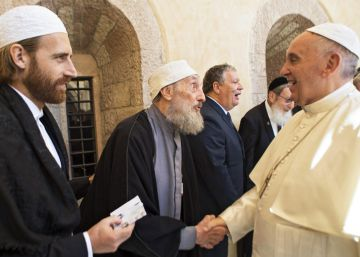 El Papa pide a los creyentes acciones concretas por la paz y los que sufren