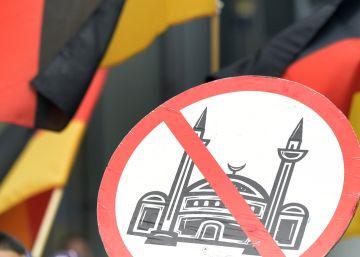 La violencia xenófoba crece un 42% en Alemania