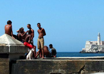 Cuba simboliza su apertura digital anunciando Wifi para el Malecón
