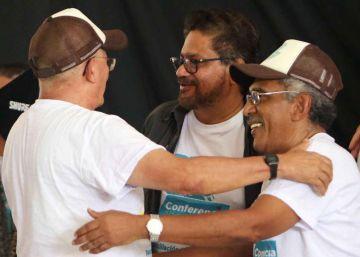 Las FARC ratifican los acuerdos de paz y piden unión a los disidentes