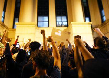 Fallece el joven herido en las protestas raciales de Charlotte
