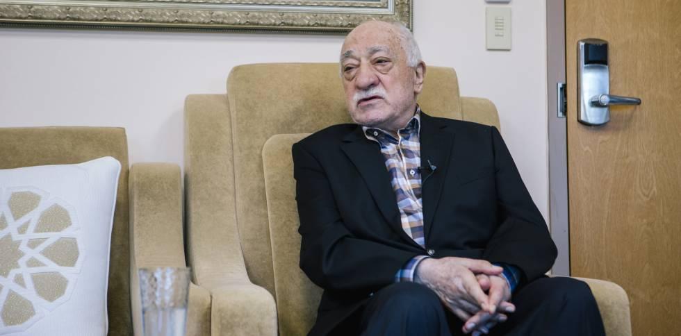 El imán Fetulá Gülen, en la sede de su organización en Estados Unidos.