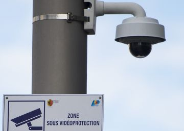 Los suizos apoyan dar más poder a sus servicios secretos