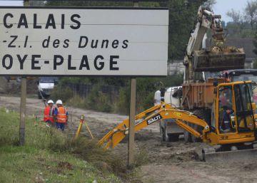 El reparto de los 9.000 migrantes de Calais enturbia la precampaña francesa