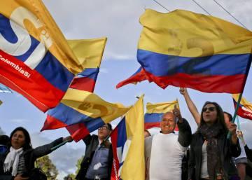 Los seis días de infarto que acabaron con 52 años de guerra en Colombia
